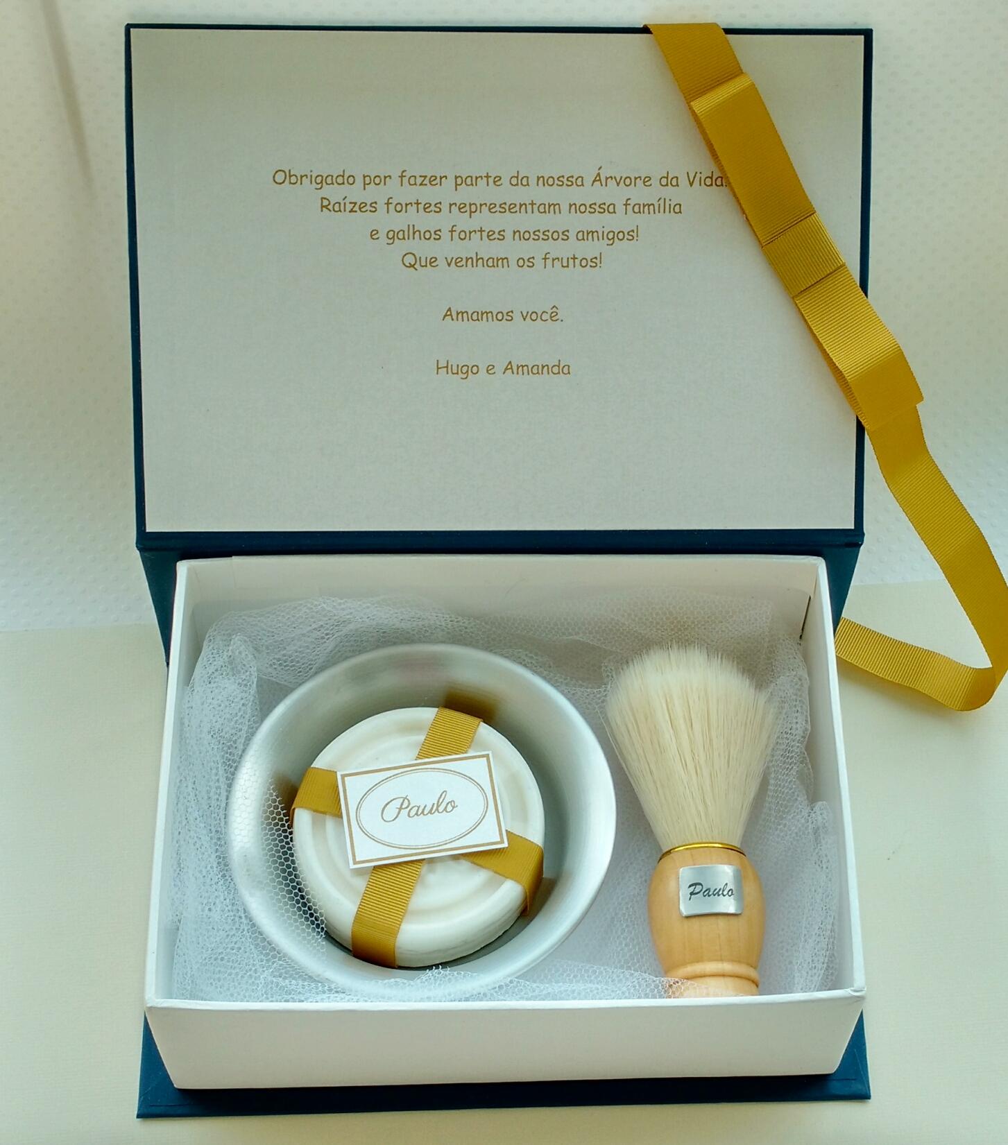 convite_padrinhos_diferentes_kit de barbear